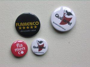 Flamenco placky ve flamenco obchodu