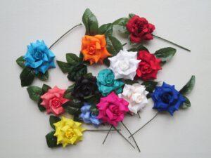 Malé růžičky do vlasů_Flamenco obchod